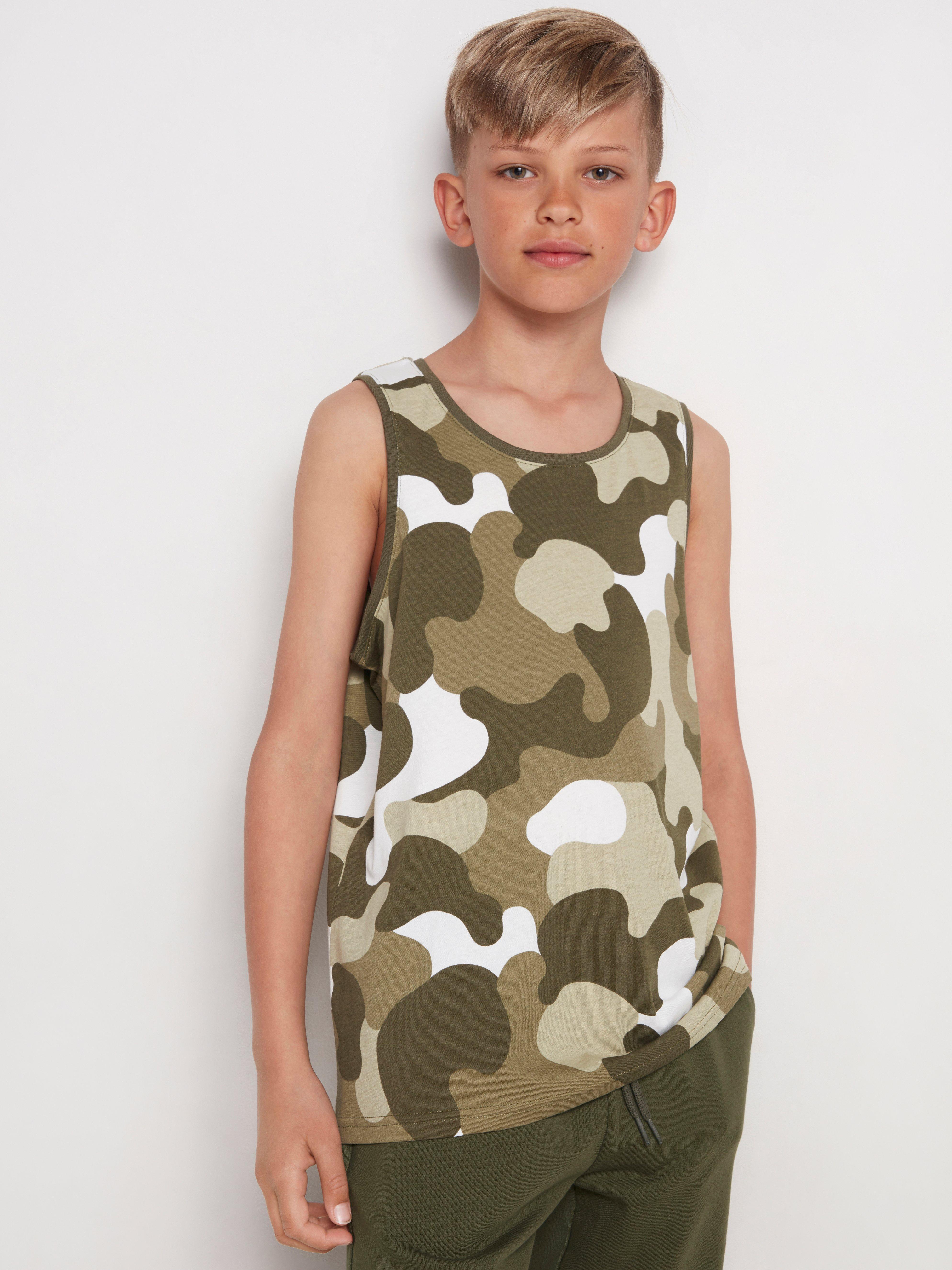 Linne med camouflagemönster