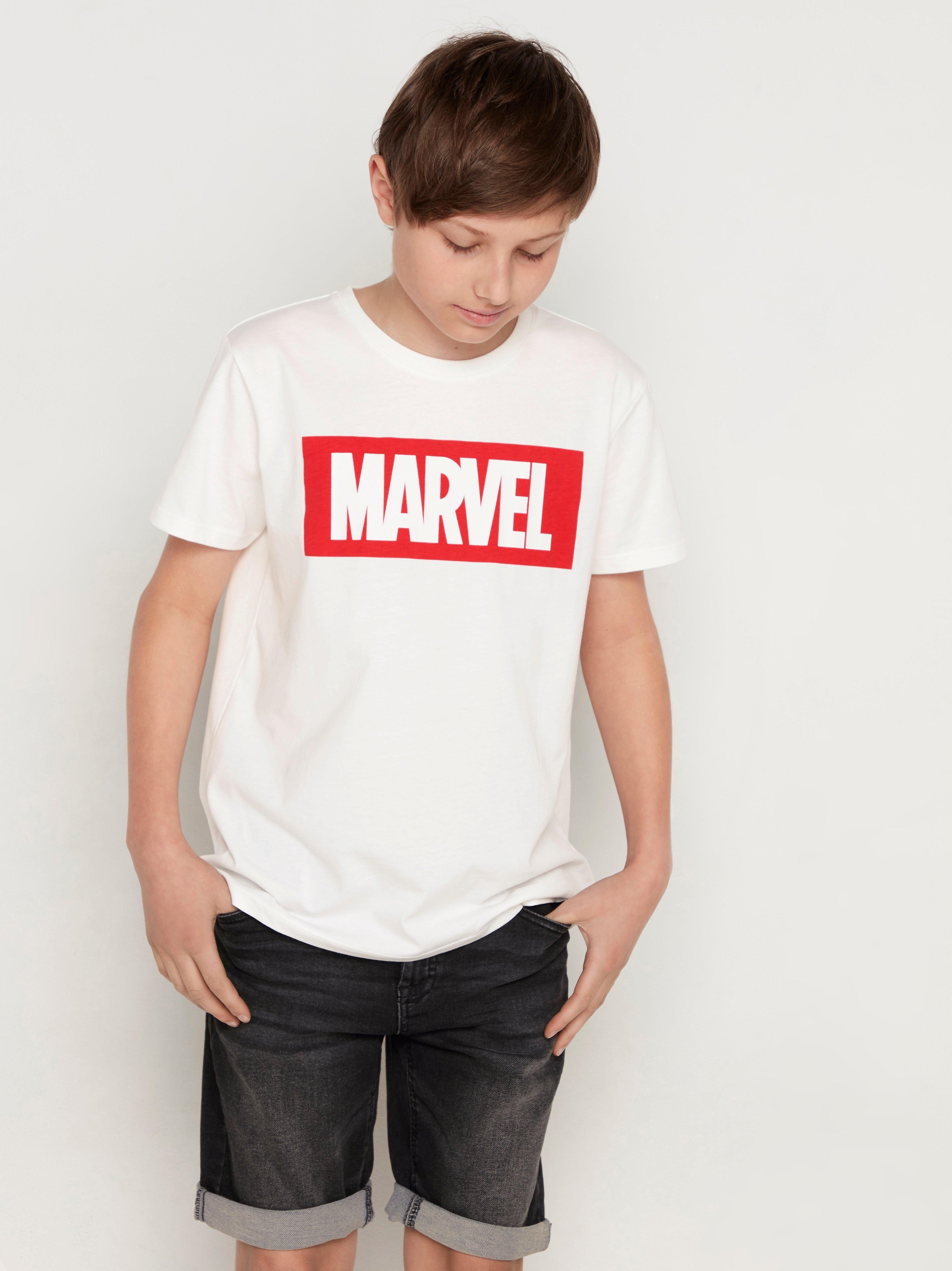 Kortärmad t-shirt med Marvel-tryck