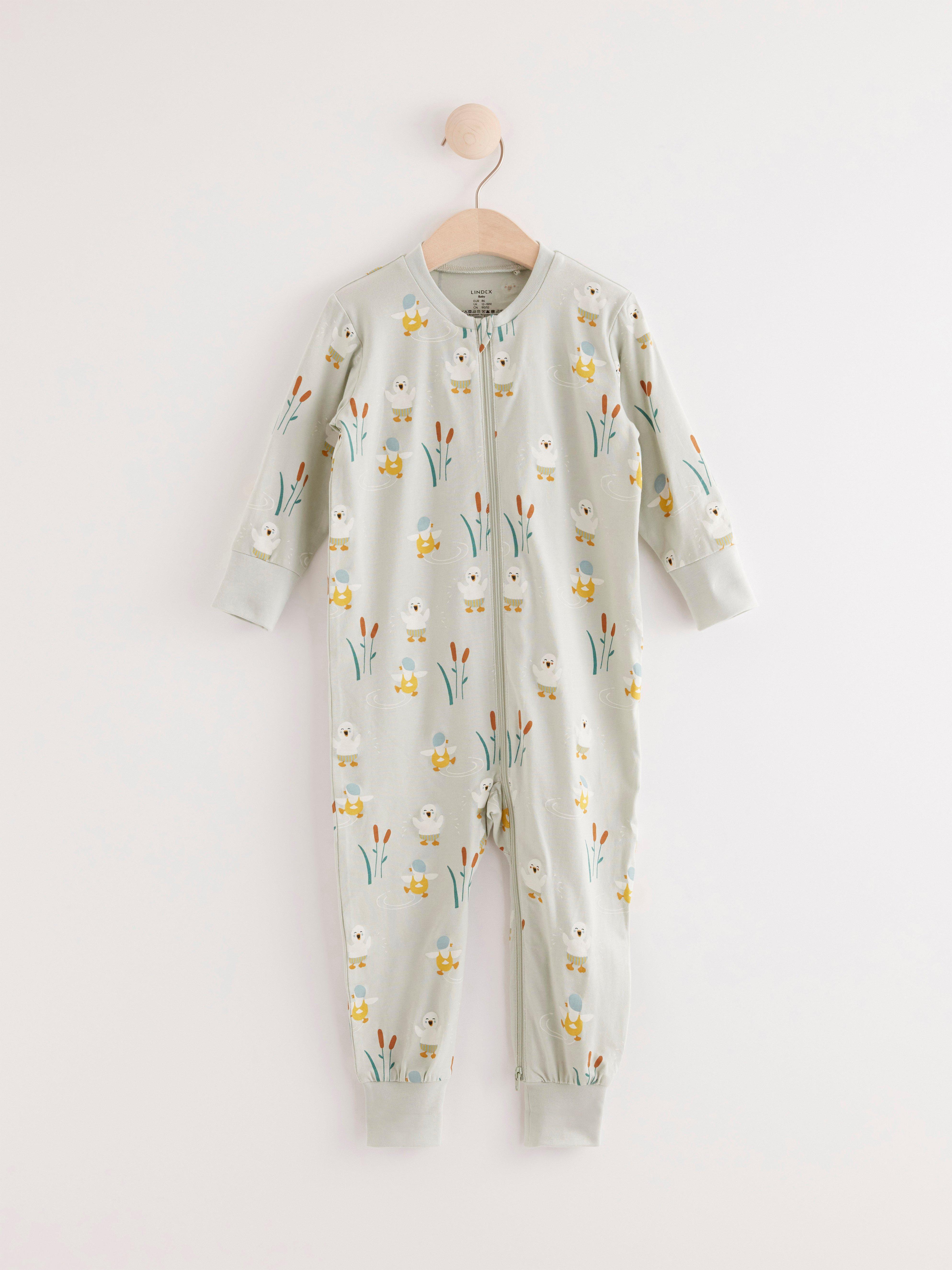 Pyjamas med badande ankor