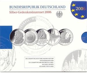 """Offizielle Jahressatz in """"Polierte Platte"""" (PP) - Lieferung im offiziellen Präsentationsfolder!"""