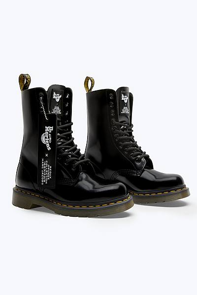 52eeb2de689 Dr. Martens x Marc Jacobs Leather Boot ...