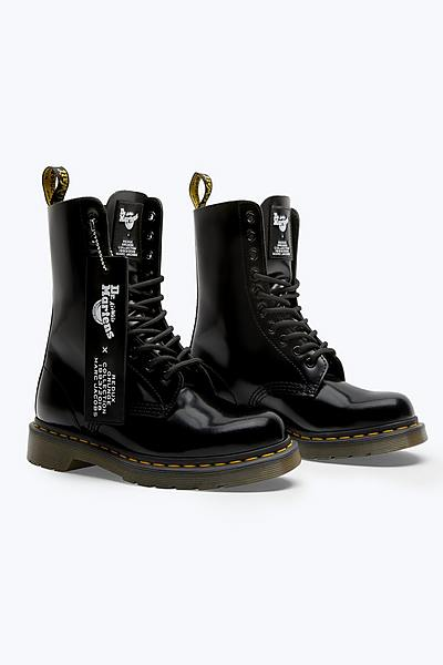 5a92015d44c Dr. Martens x Marc Jacobs Leather Boot ...