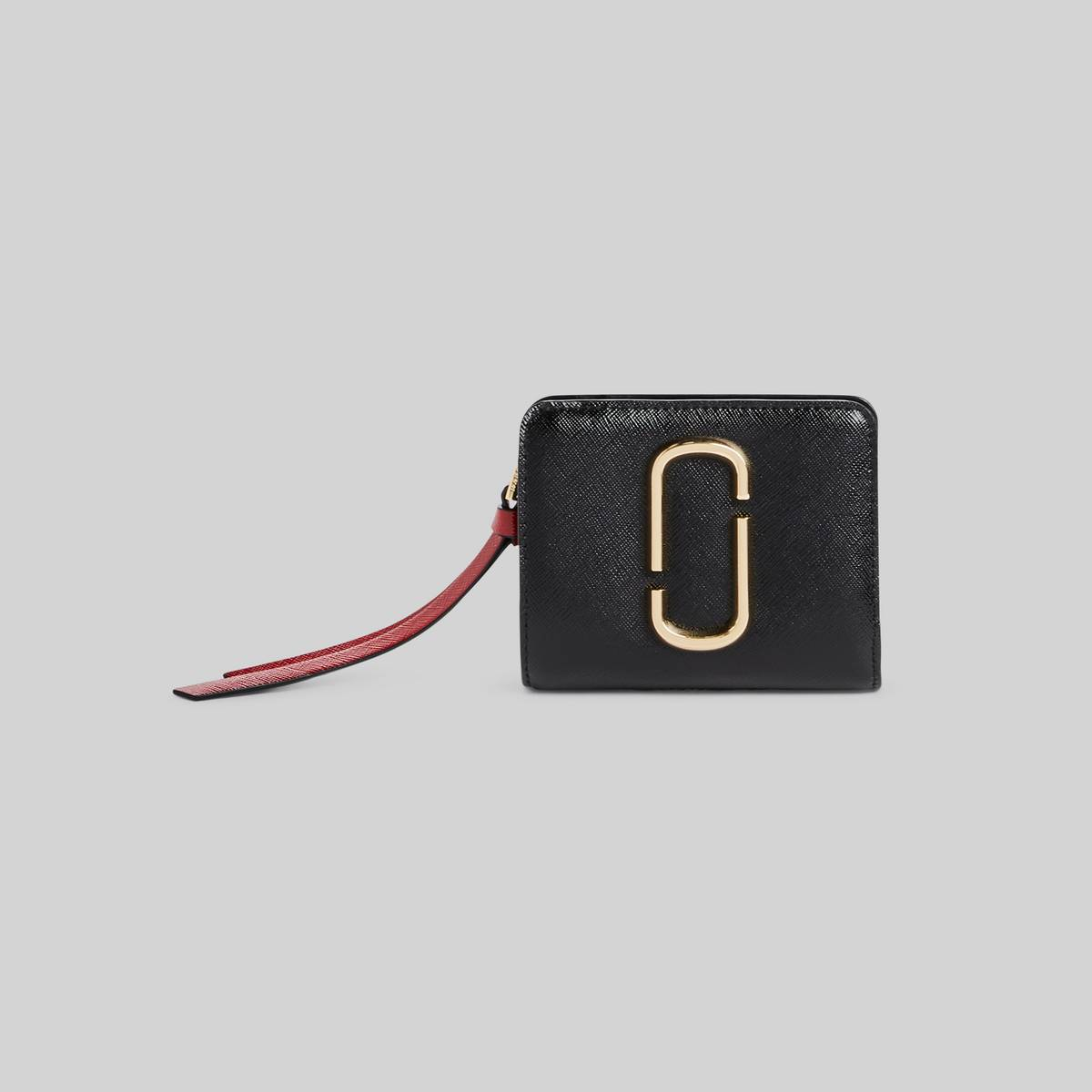 Mini leather wallet with Double-J hardware. | MARC JACOBS Women\\'s The Snapshot Mini Compact Wallet in Black/Chianti