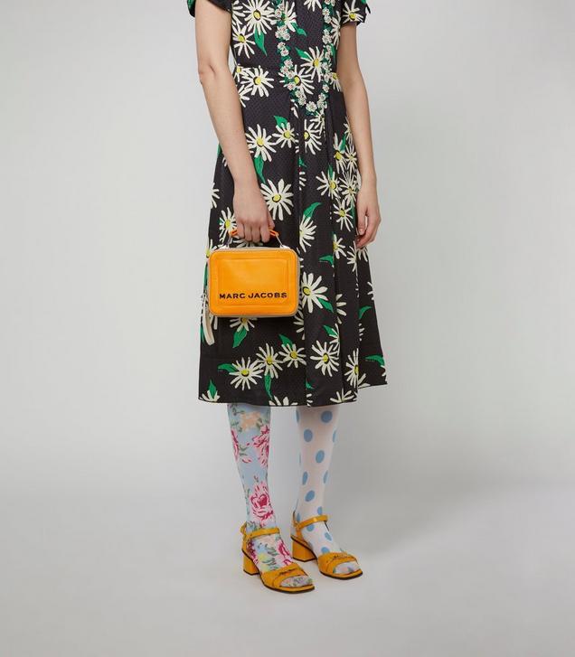 The Colorblock Textured Mini Box Bag