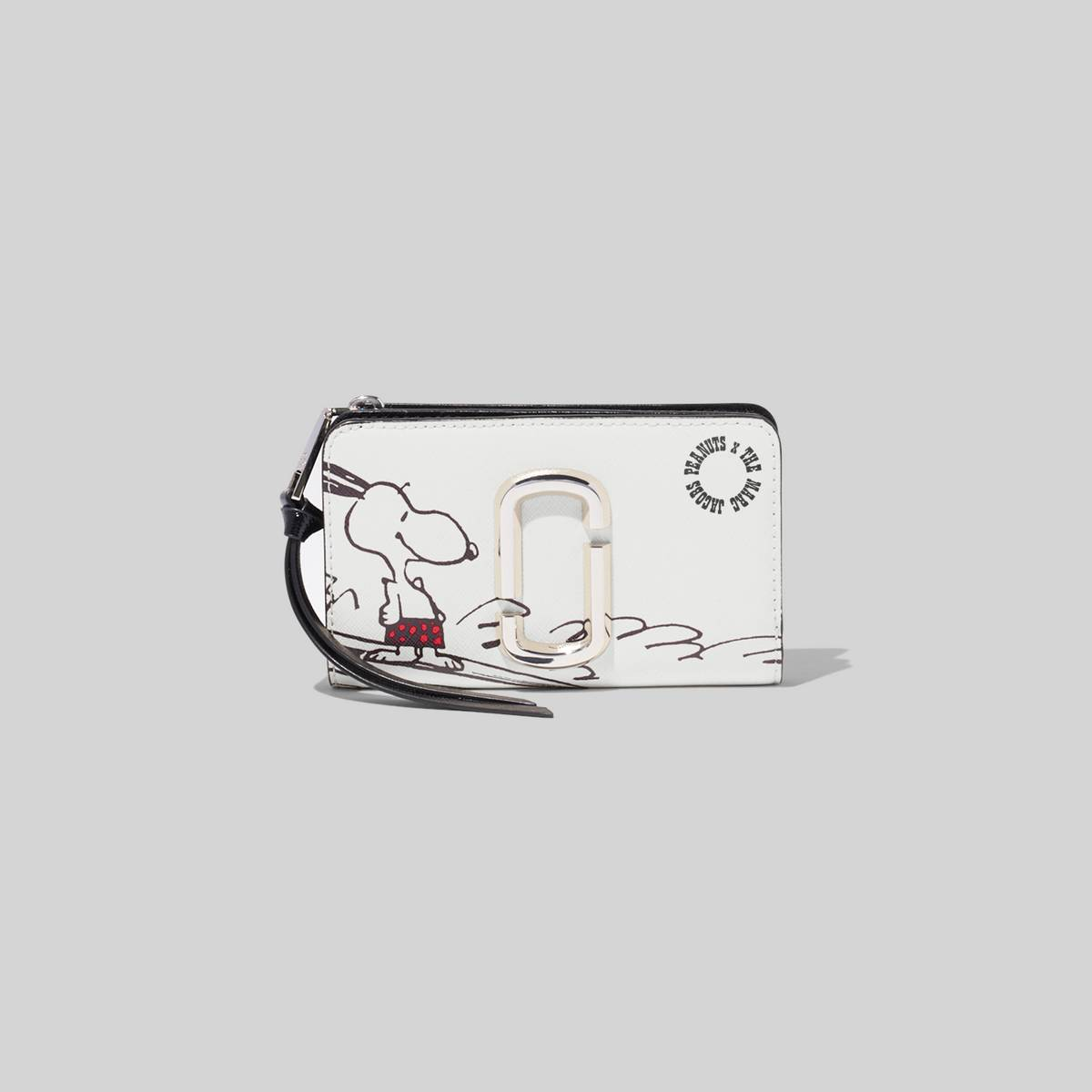 A classic continental wallet with plenty of interior compartment space for your cash, cards, receipts and everything in between. This style features a playful Snoopy illustration. | MARC JACOBS Women\\'s Peanuts x The Snapshot Compact Wallet in White Multi