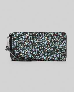 마크 바이 마크 제이콥스 Marc Jacobs The Softshot Ditsy Floral Standard Continental Wallet,Black Multi