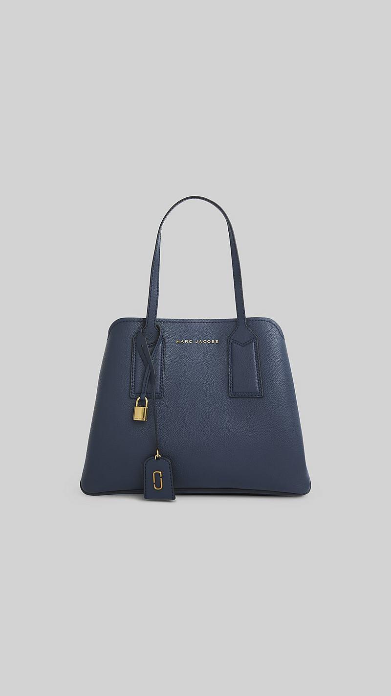 598325e56d The Editor Shoulder Bag