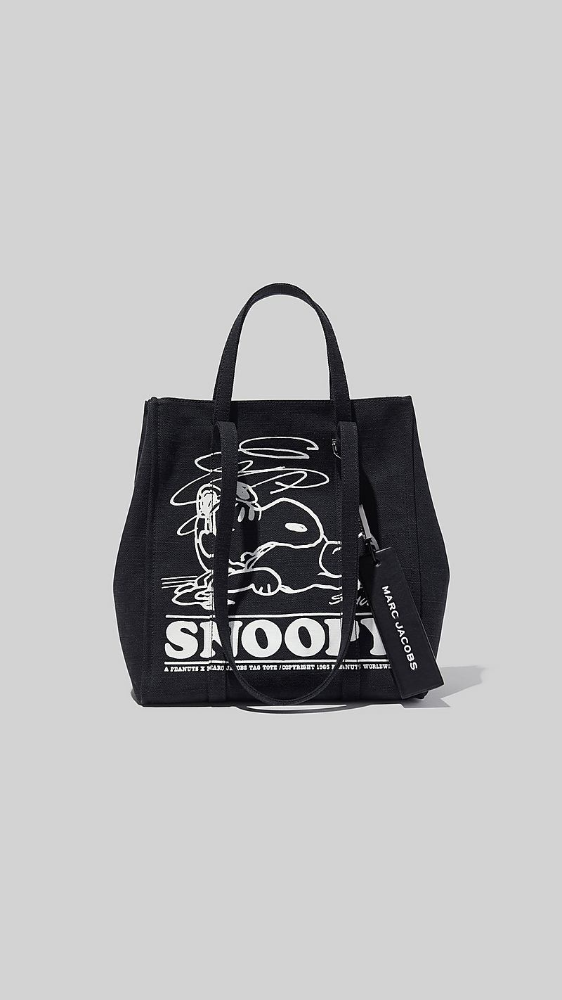 c9c4016b7 Peanuts® x Marc Jacobs The Tag Tote