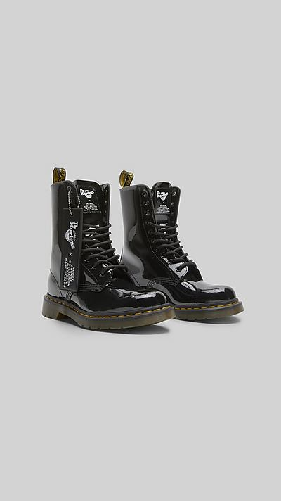 5745250055f Dr. Martens x Marc Jacobs Patent Leather Boot ...