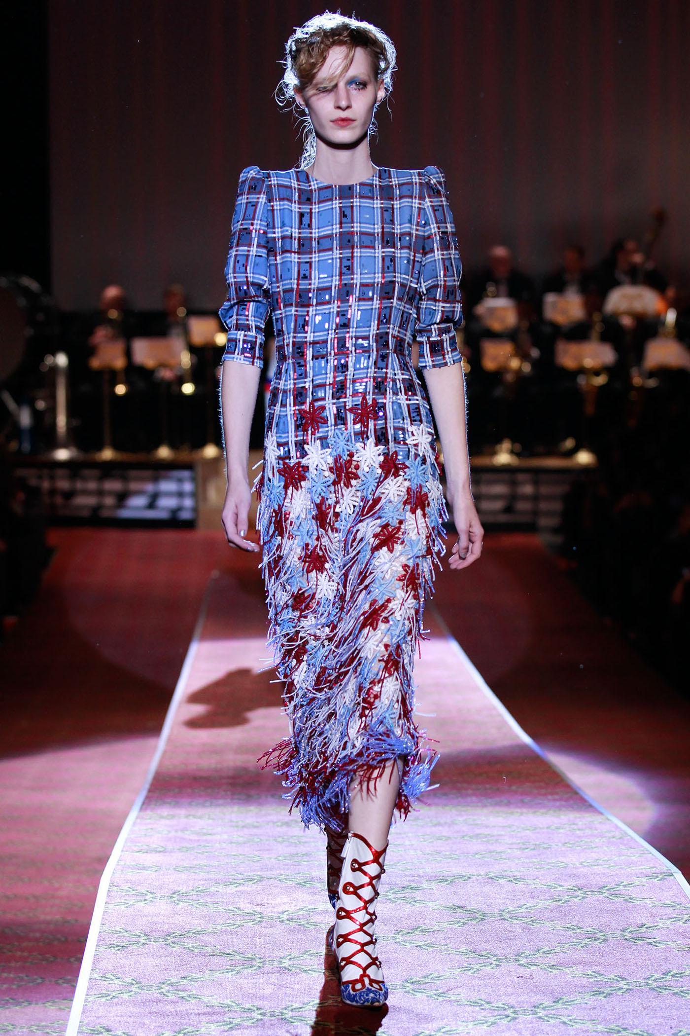 Watch Anna ewers marc jacobs fashion show fw 2014 new york mq runway candids video