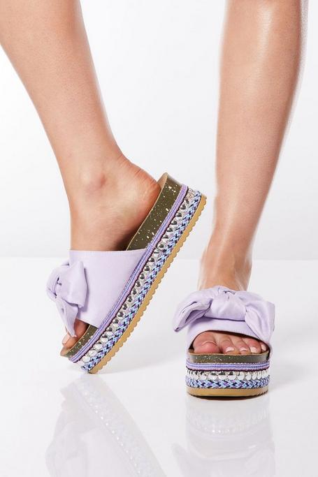 Sandalias de Plataforma Lilas con Lazo