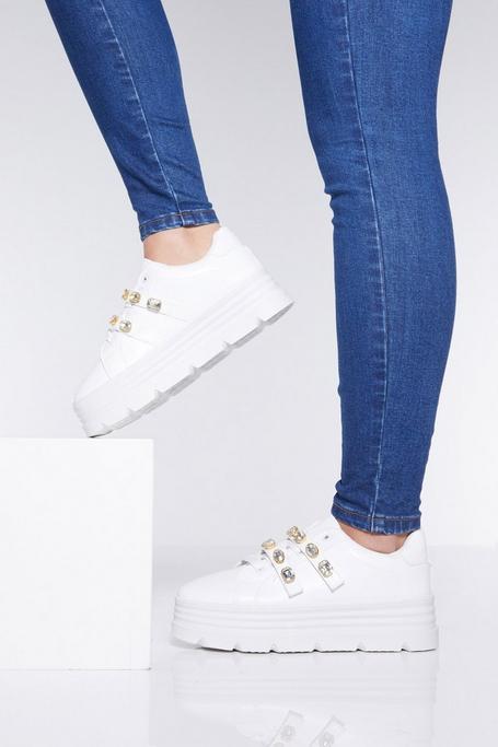 Zapatillas Blancas de Cordones con Suela Ancha