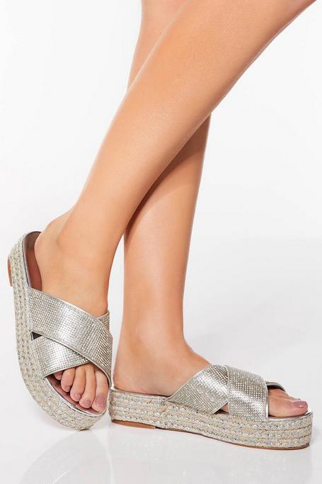 Sandalias Plateadas de Plataforma con Brillantes