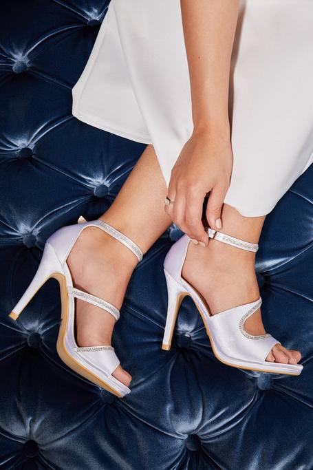 Zapatos de Novia Satinados con Brillantes