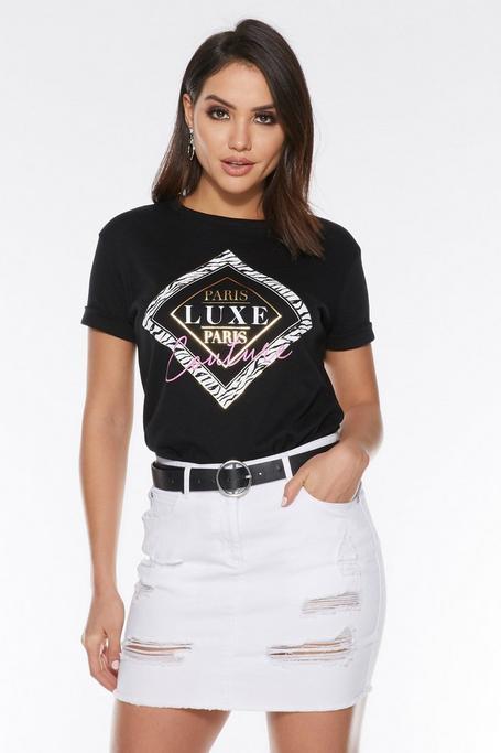 Camiseta Negra de Manga Corta con Eslogan