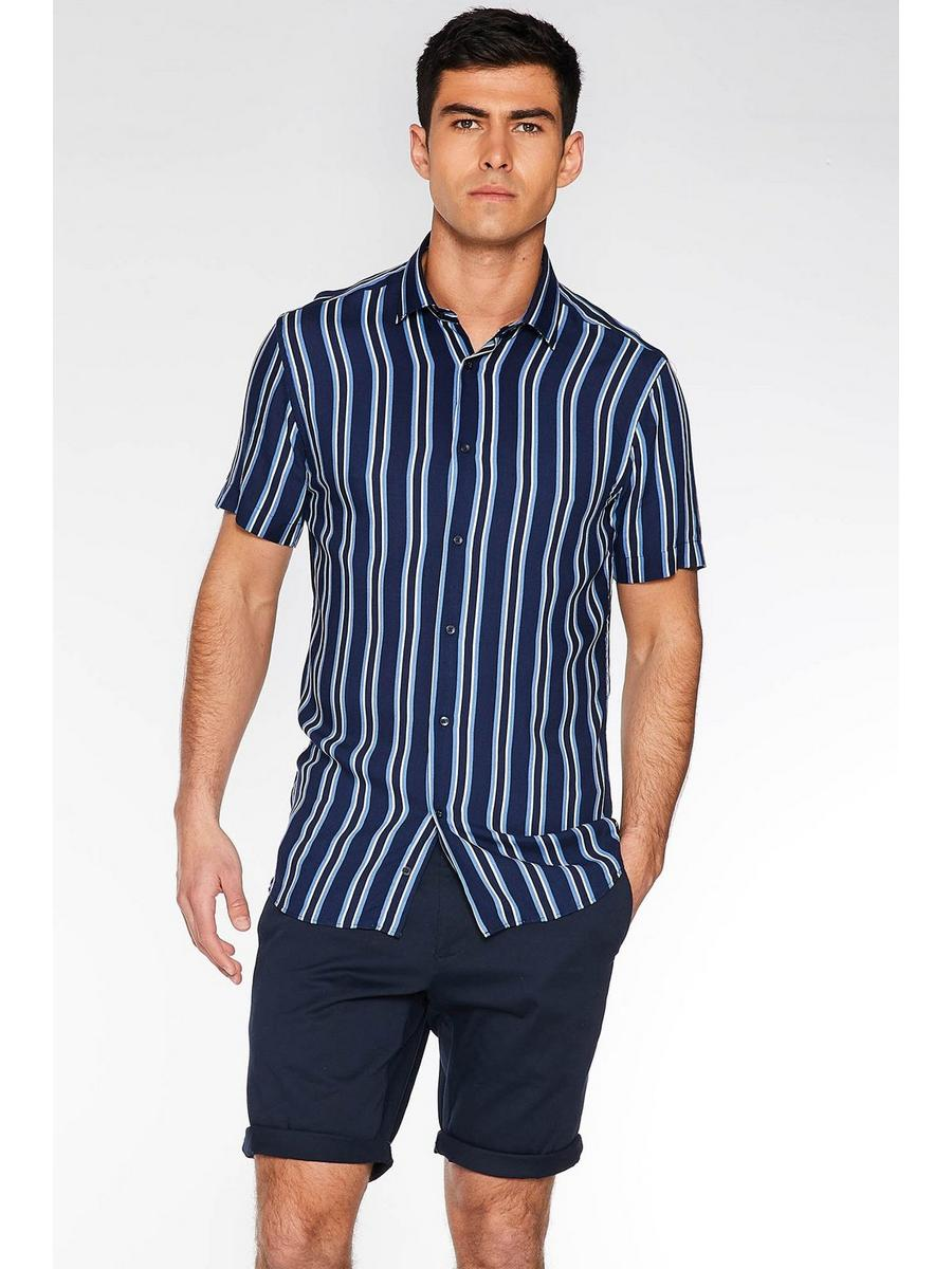 Short Sleeve Pinstripe Shirt in Navy
