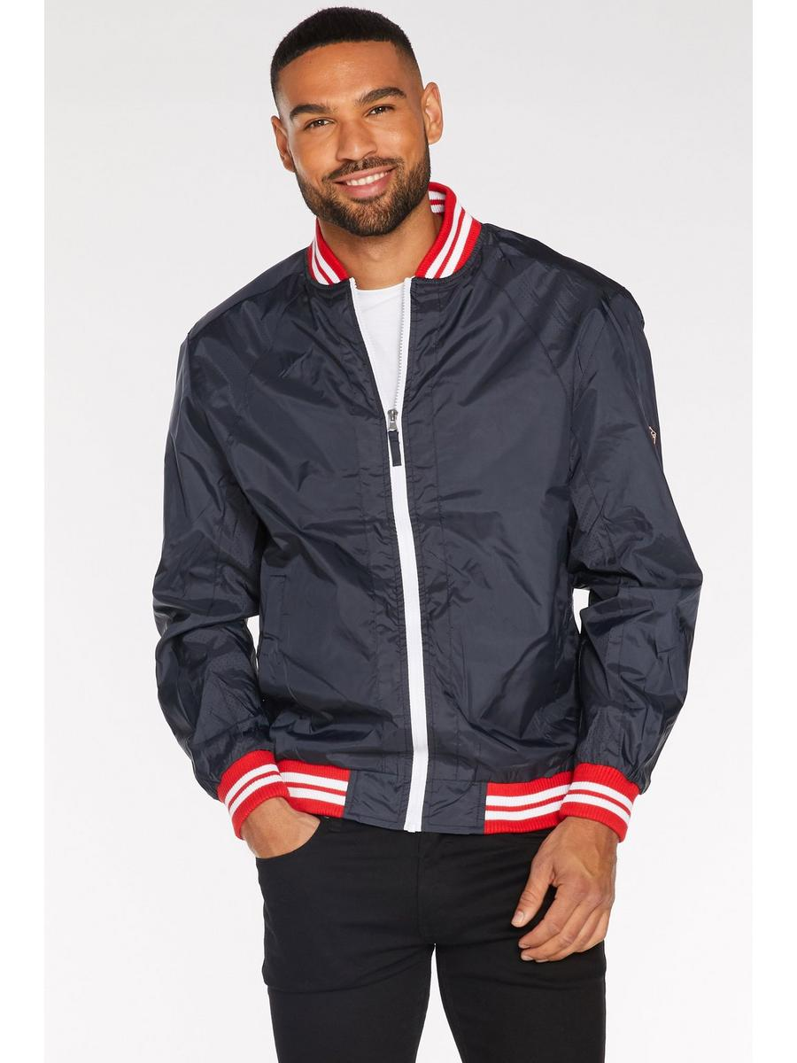 Contrast Lightweight Bomber in Navy