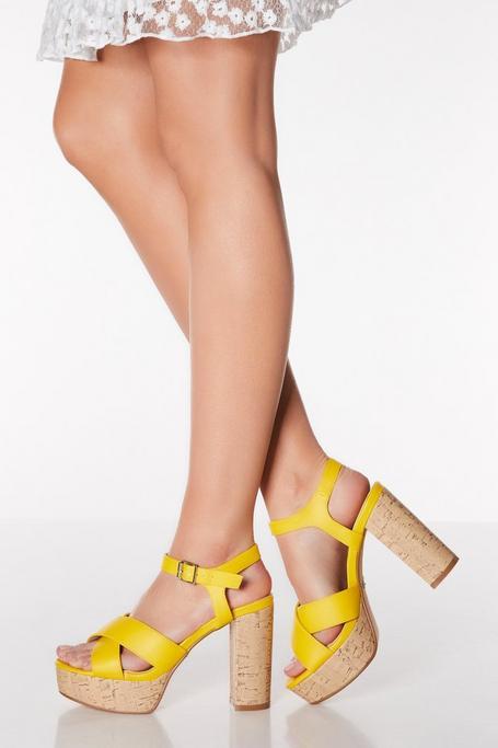 Sandalias de Tacón Grueso Amarillas