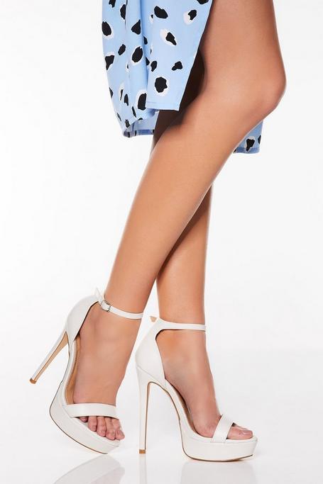 Sandalias de Tacón Blancas con Plataforma