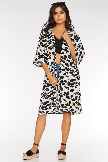Kimono Gris con Estampado de Leopardo