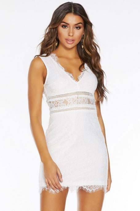 Vestido Corto Blanco con Encaje