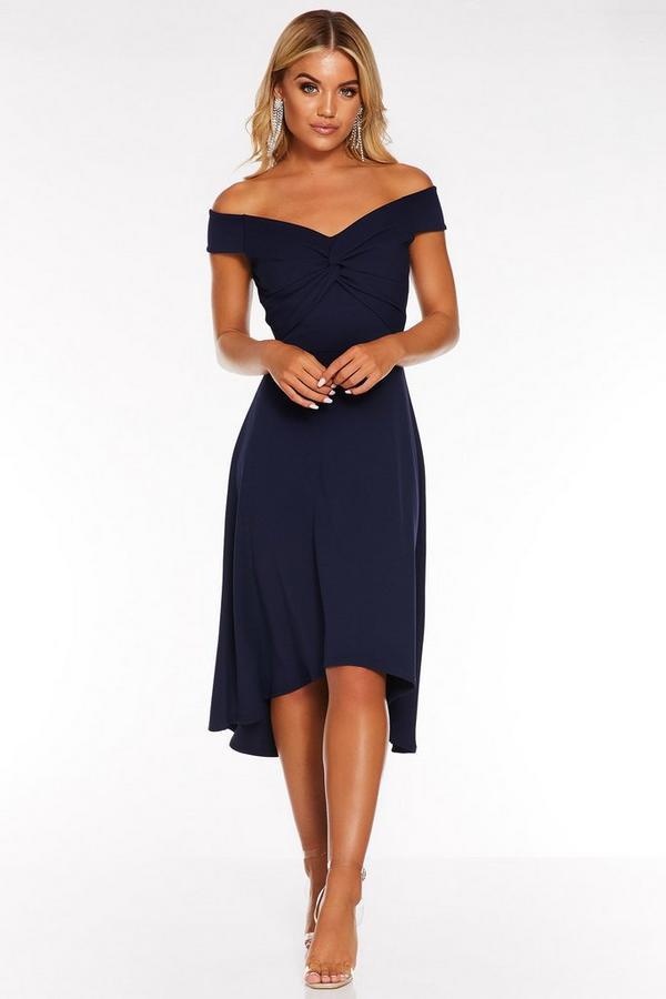 Vestido Bardot Azul Marino con Bajo Asimétrico