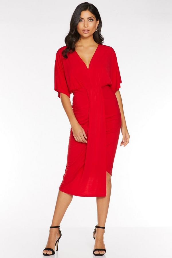 Vestido Midi Rojo Fruncido con Manga Corta