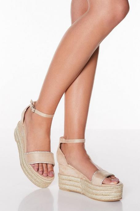 Sandalias de Cuña Nude con Plataforma y Brillantes