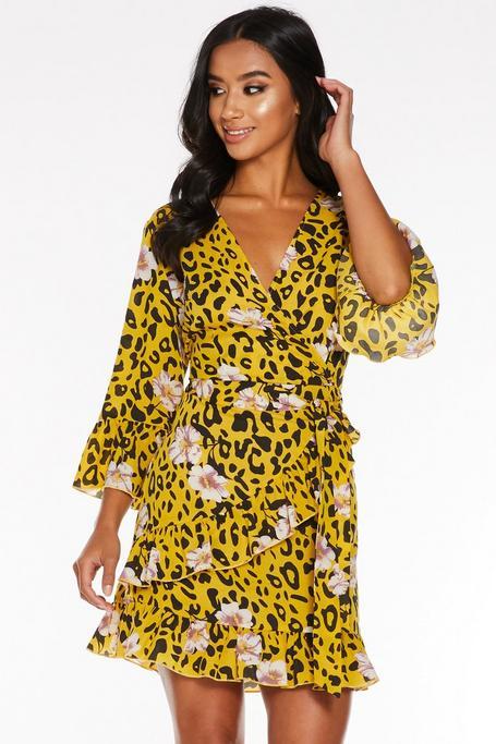 Vestido Petite Amarillo con Estampado Floral y de Leopardo