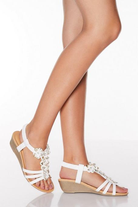 Sandalias de Cuña Blancas con Flores