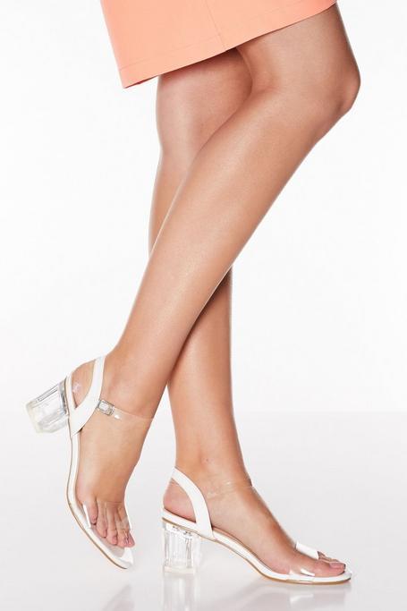 Sandalias de Tacón Blancas y Transparentes