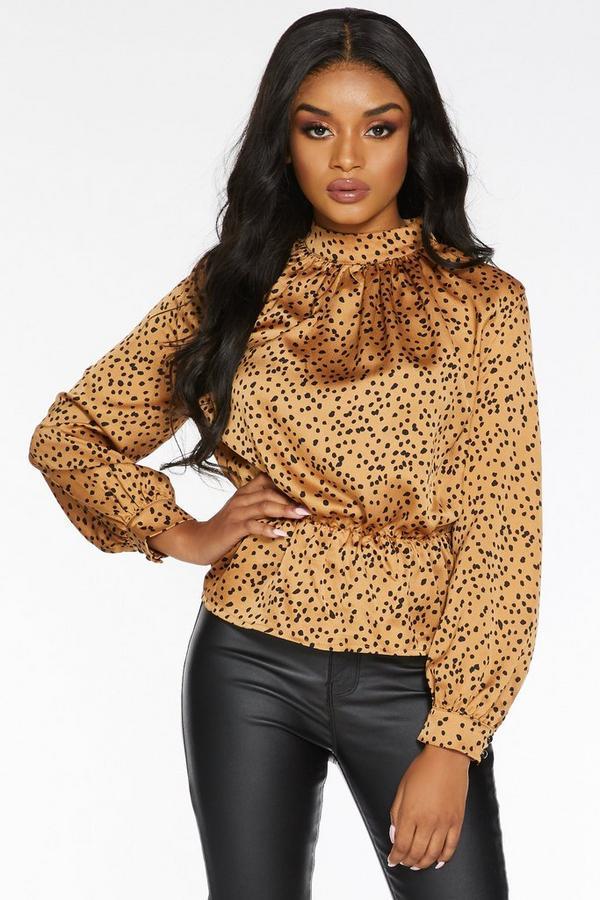 Top Petite con Estampado de Leopardo y Peplum