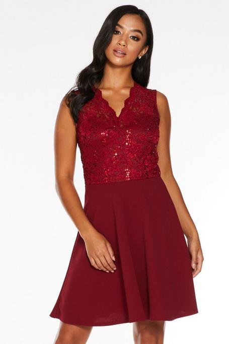 Petite Berry Lace Scallop Skater Dress