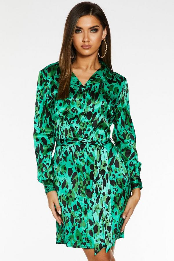Vestido Verde Santinado con Estampado de Leopardo