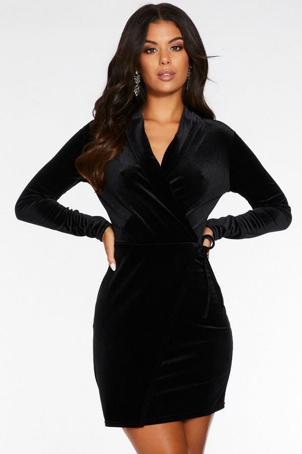 Vestido Ajustado Negro de Terciopelo