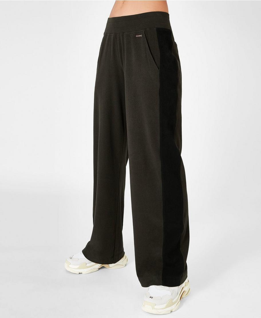 cd322657b38b3 Luxe Sono Trousers - Dark Forest | Women's Trousers & Yoga Pants | Sweaty  Betty