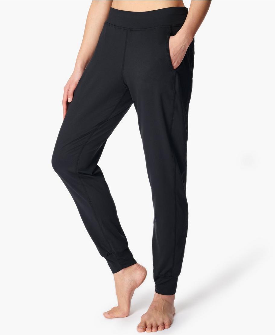 ed7a7f138b Garudasana Yoga Pants - Black | Women's Pants | Sweaty Betty