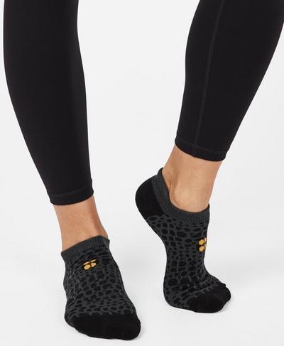 Sneaker Liners, Black Leopard Jacquard   Sweaty Betty
