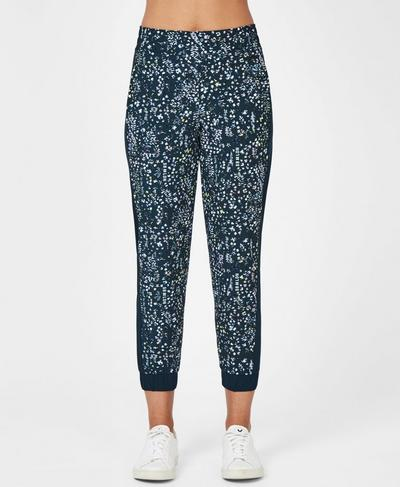 Mellow Printed 7/8 Pants, Beetle Blue Stay Wild Print | Sweaty Betty