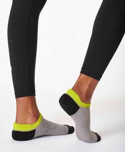 Workout Socks 3 Pack, Grey Hive Geo Print | Sweaty Betty