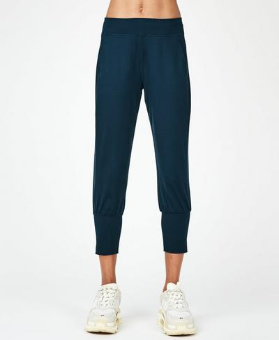 Garudasana Cropped Yoga Pants, Beetle Blue | Sweaty Betty