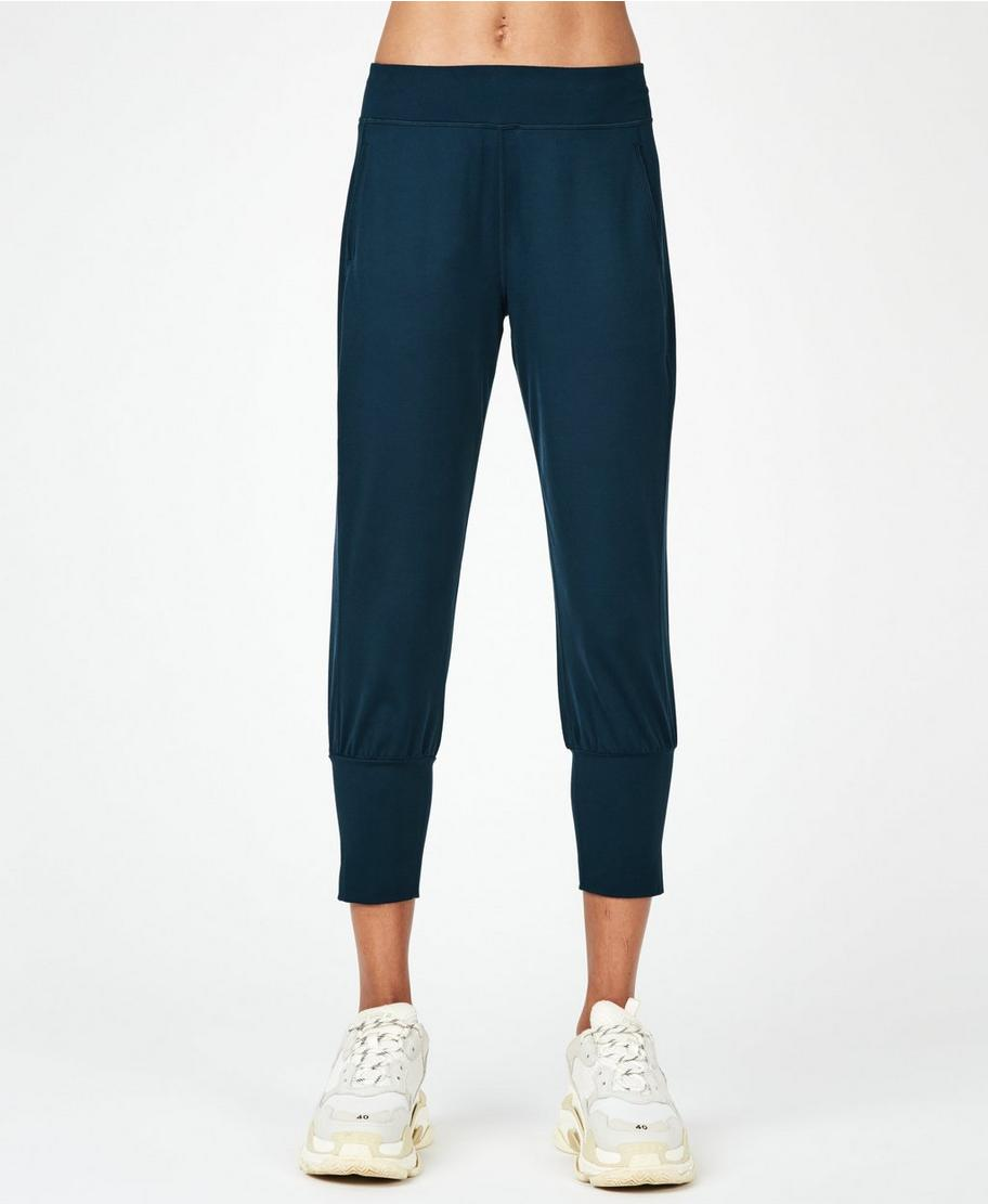 ee07eb16df Garudasana Yoga Capris - Beetle Blue | Women's Trousers & Yoga Pants | Sweaty  Betty