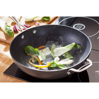 6000 Wok And Lid 30cm Black