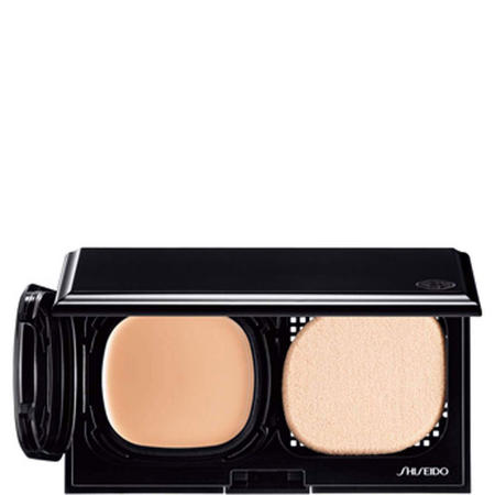 Advanced Hydro-Liquid Compact SPF15