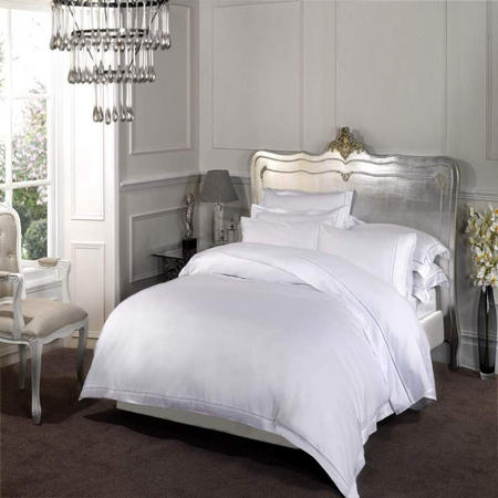 1000 Duvet Cover White