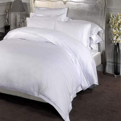 1000 Fitted Sheet White