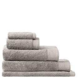 Luxury Retreat Towels Platinum