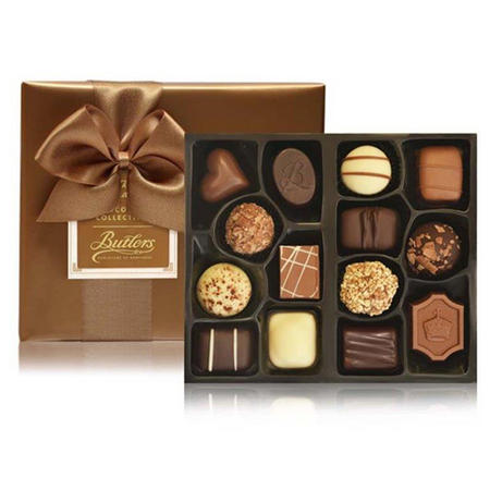 Gift Wrapped Ballotin with 28 Chocolates