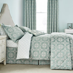 Quatrefoil Coordinated Bedding Aqua