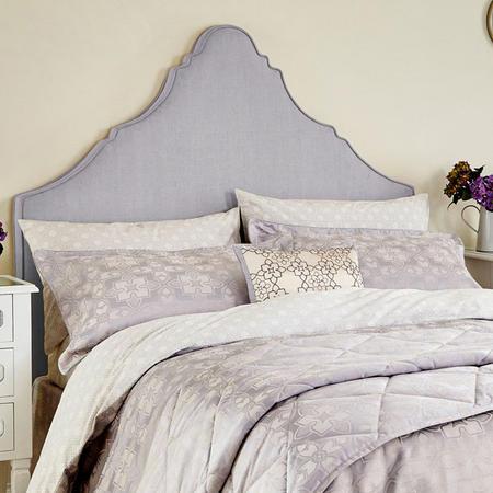 Quatrefoil Oxford Pillowcase Lilac